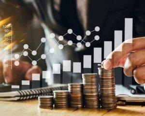 UNAM dicta carrera de economía 10